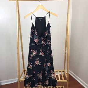 Forever 21+ • Sleeveless Floral Wrap Dress Size 1X